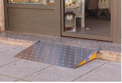 Scivoli rampe mobili ausili per disabili e anziani online vendita scivoli rampe mobili firenze - Mobili per garage ...
