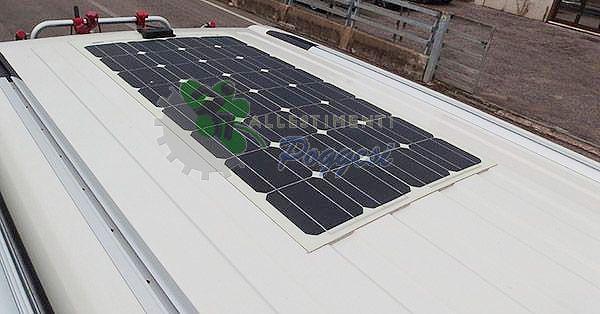 Pannello Solare Per Camper Offerta : Pannello solare per camper e nautica cp l ausili