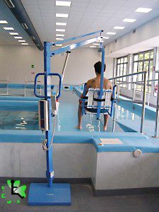 Sollevatore per piscina a piastra pavimentale ausili per - Sollevatore piscina per disabili ...