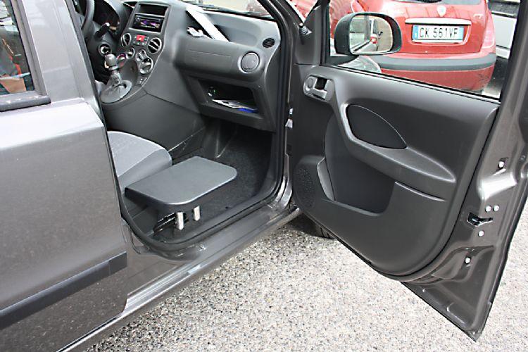 Kit ribaltina di trasferimento per accesso al veicolo for Costo per lato un garage